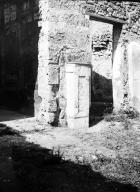 231107 Bestand-D-DAI-ROM-W.1160.jpg VI.7.23 Pompeii. W.1160. North wall of tablinum (on left), and north-west corner of atrium. Photo by Tatiana Warscher. Photo © Deutsches Archäologisches Institut, Abteilung Rom, Arkiv.  See http://arachne.uni-koeln.de/item/marbilderbestand/231107