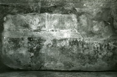 I.10.4 Pompeii. 1972. House of Menander, room under triclinium, N wall.  Photo courtesy of Anne Laidlaw. American Academy in Rome, Photographic Archive. Laidlaw collection _P_72_8_2.