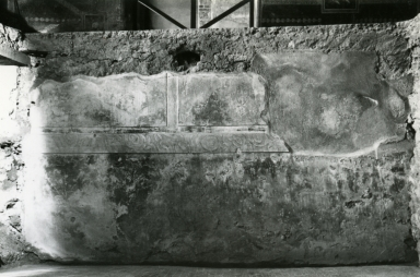 I.10.4 Pompeii. 1972. House of Menander, room under triclinium, N wall.  Photo courtesy of Anne Laidlaw. American Academy in Rome, Photographic Archive. Laidlaw collection _P_72_8_6.