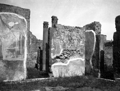 VI.7.20 Pompeii. W.1231. North wall of atrium in north-east corner, with doorway into atrium of VI.7.21, on left. Photo by Tatiana Warscher. Photo © Deutsches Archäologisches Institut, Abteilung Rom, Arkiv.