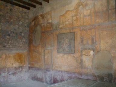 I.10.4 Pompeii. May 2006. Room 19, south wall.